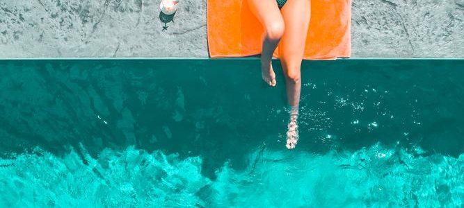 Njut av en pool i sommar